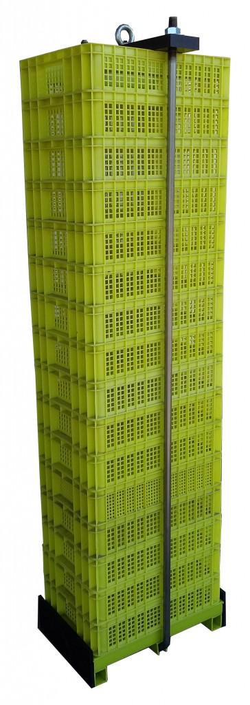 Columna de cajas de plastico para cultivo de ostra