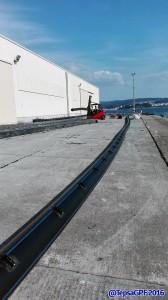 Montaje de longlines para cultivo de mejillon en puerto