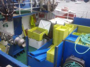 Cajonada en barco de cerco y accesorio a medida