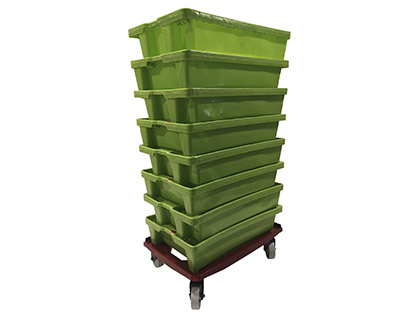 Dolly for fish crates